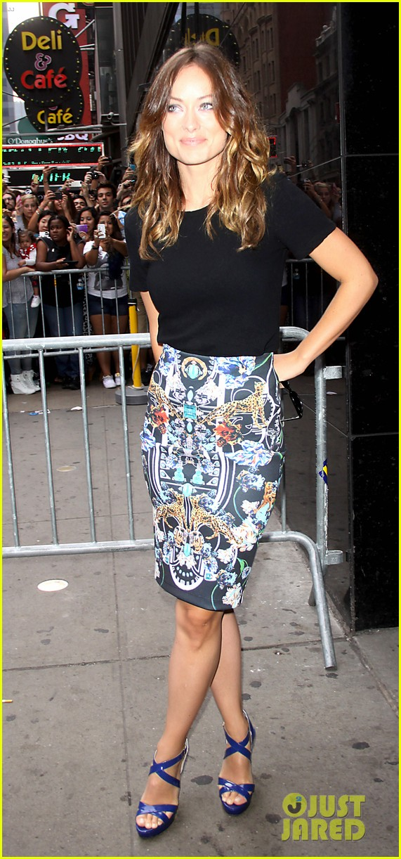 olivia wilde drinking buddies promo work in new york 23