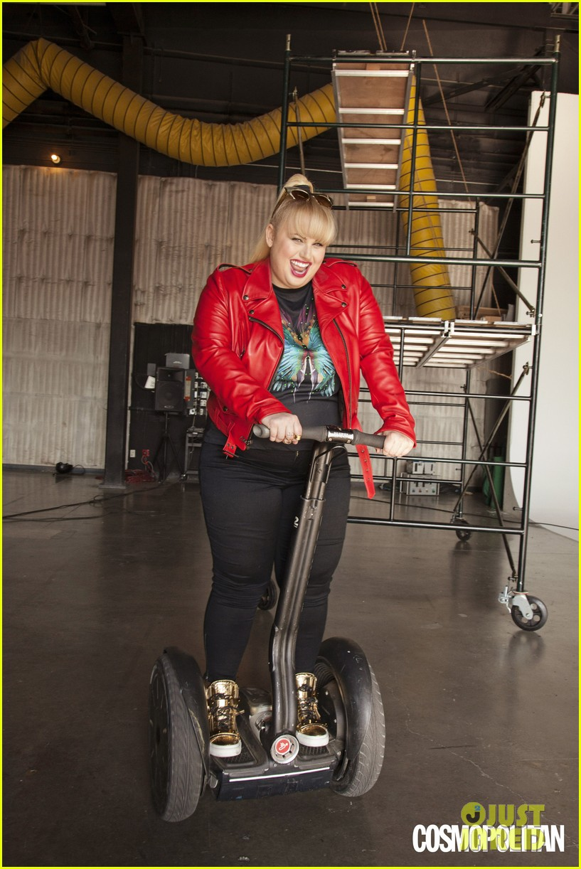 rebel wilson rides segway for cosmopolitan 012925373