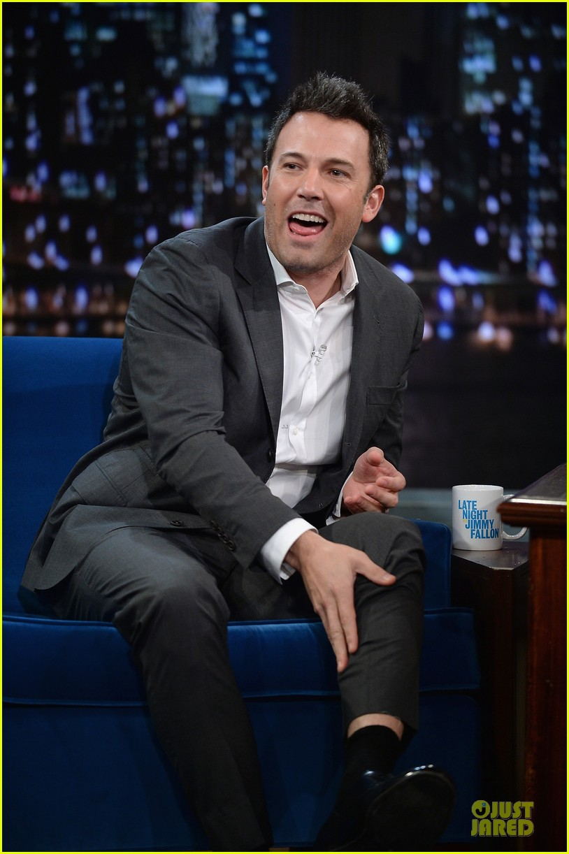 ben affleck mindy kaling late night with jimmy fallon guests 11