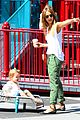 jessica alba rashida jones charlotte ronson fashion show 25