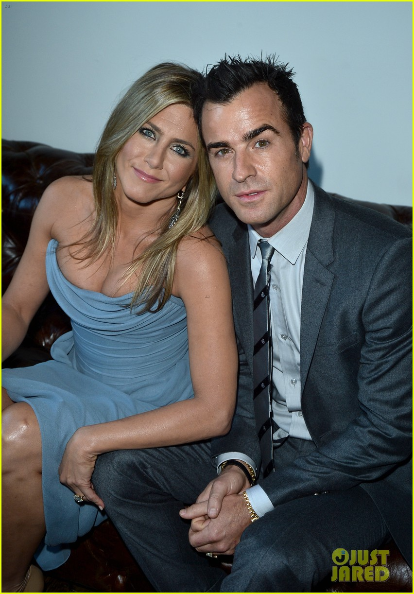 jennifer aniston life of crime cocktails with justin theroux 04