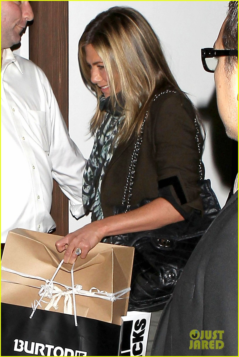 jennifer aniston cecconis dinner party 04