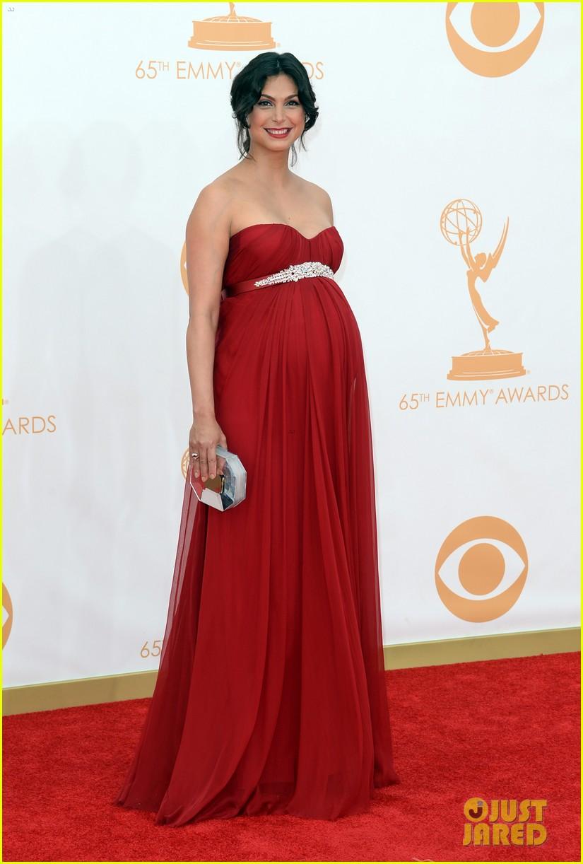 pregnant morena baccarin emmys 2013 red carpet 122958008