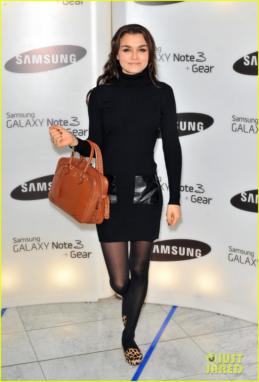 samantha barks ellie goulding samsung galaxy gear launch 112960145