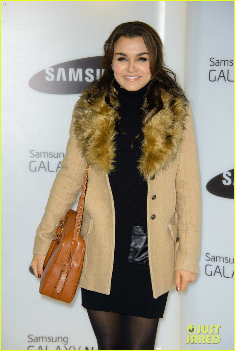 samantha barks ellie goulding samsung galaxy gear launch 13