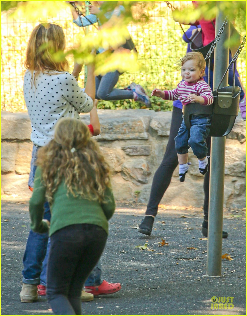 drew barrymore will kopelman central park fun with olive 12