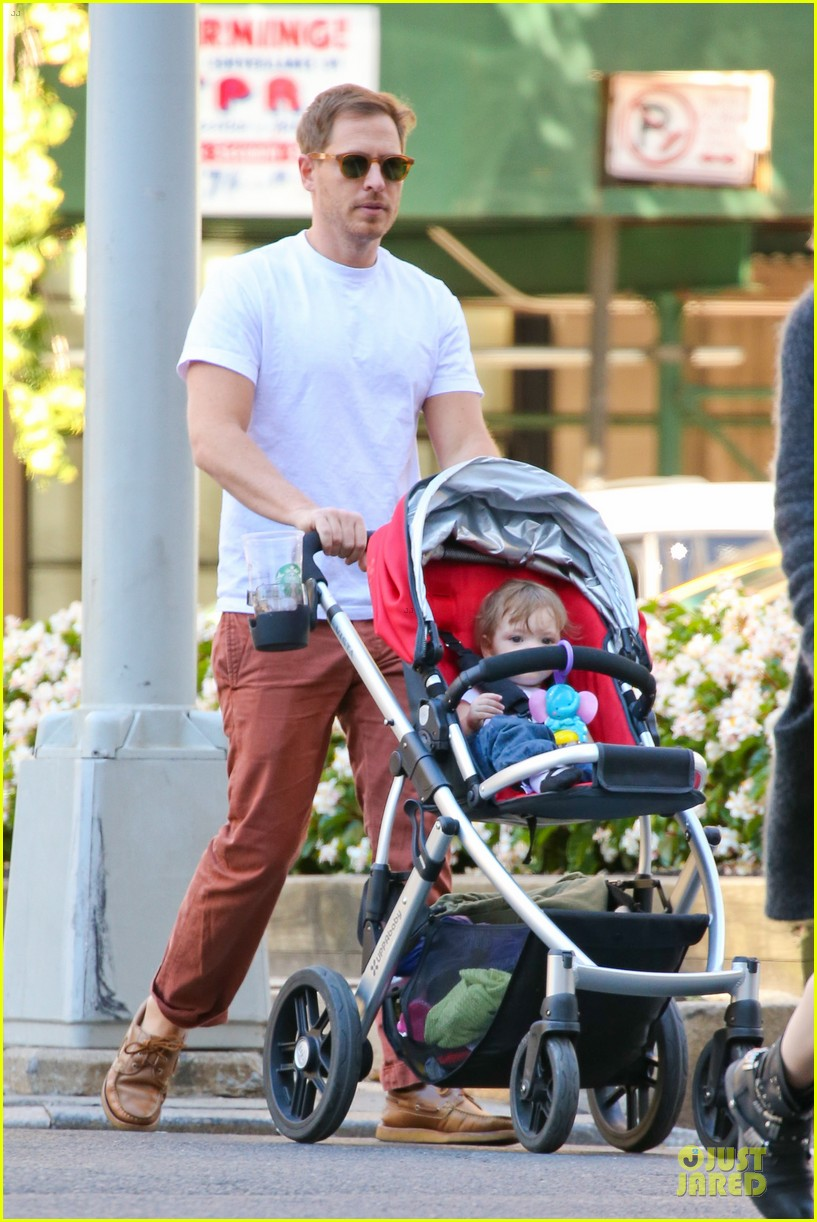 drew barrymore will kopelman central park fun with olive 312962243