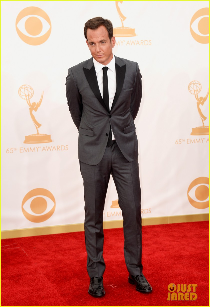 jason bateman will arnett emmys 2013 red carpet 05