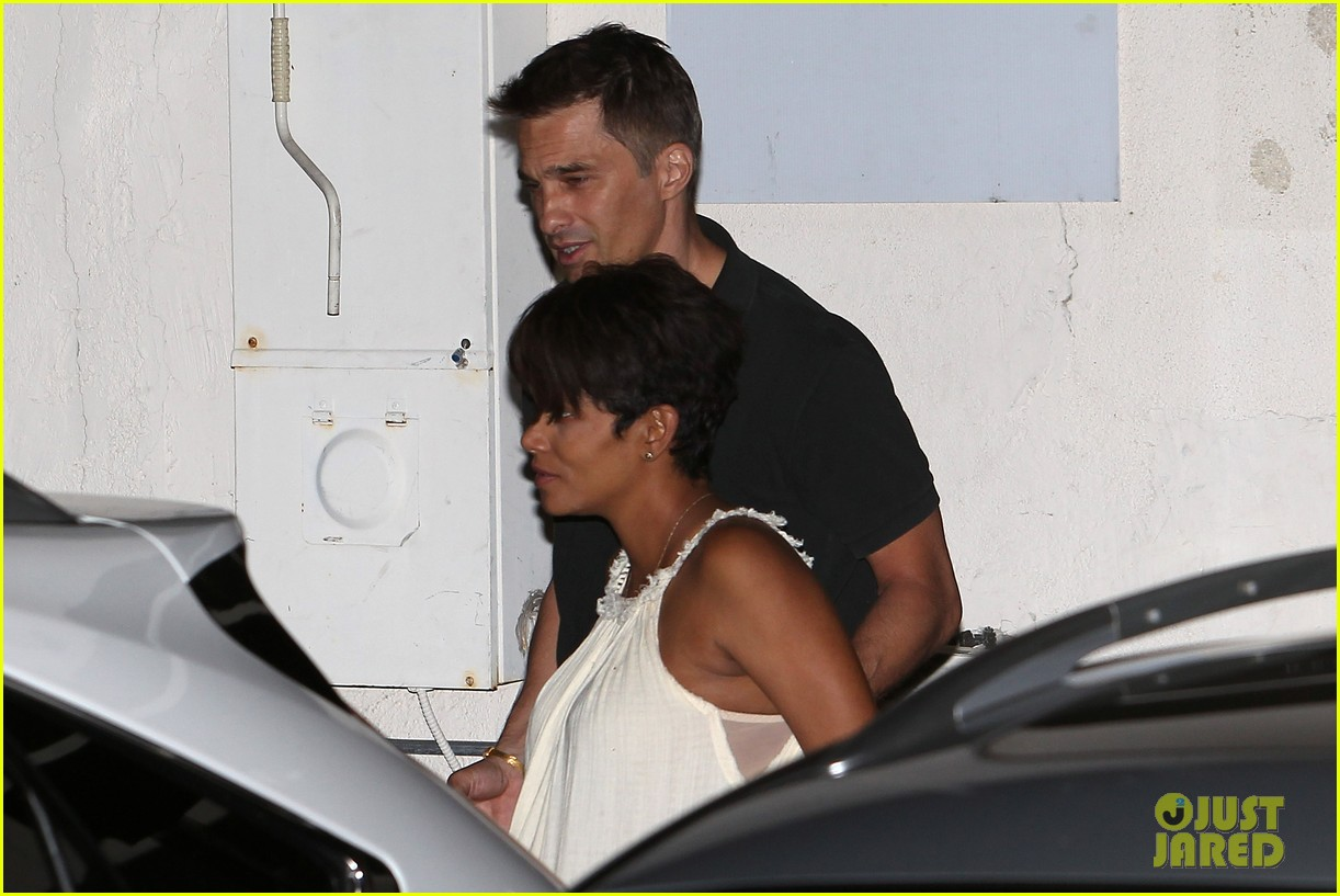 halle berry releases statement about anti paparazzi law 052960957