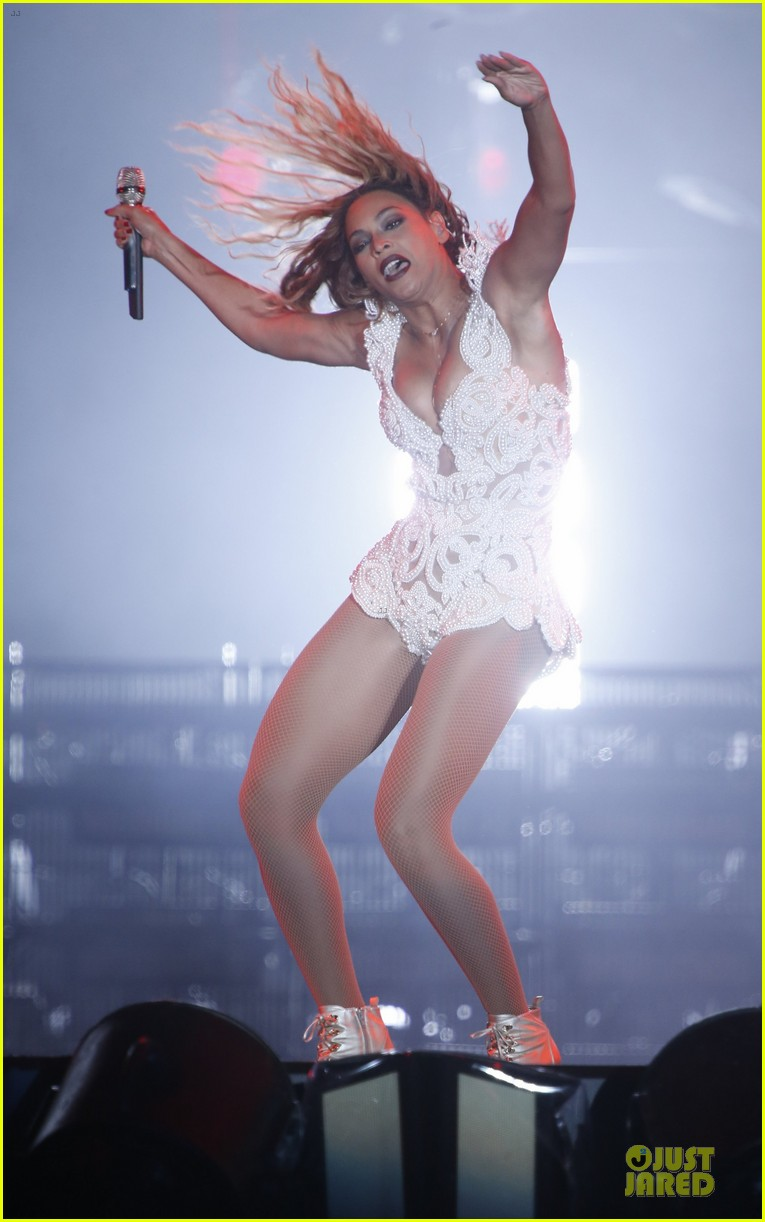 beyonce rock in rio opening night performer 012952330