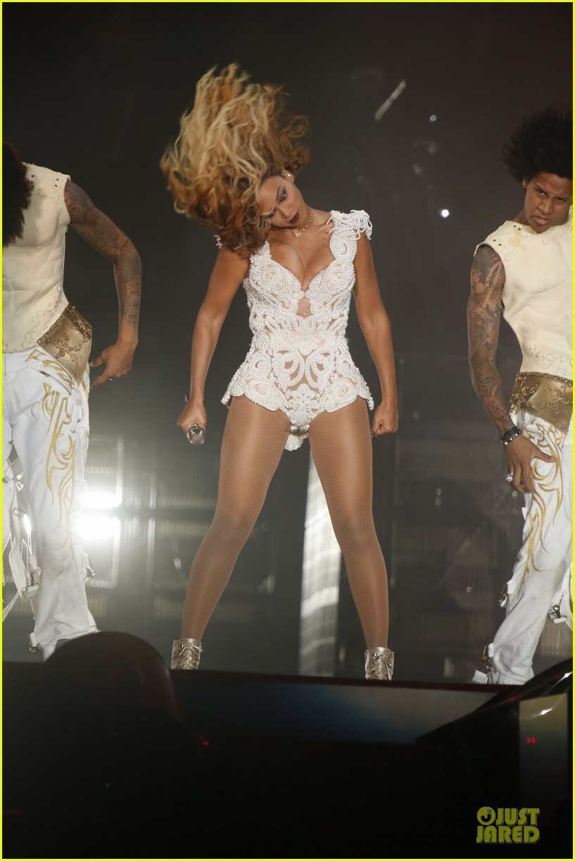 beyonce rock in rio opening night performer 252952354