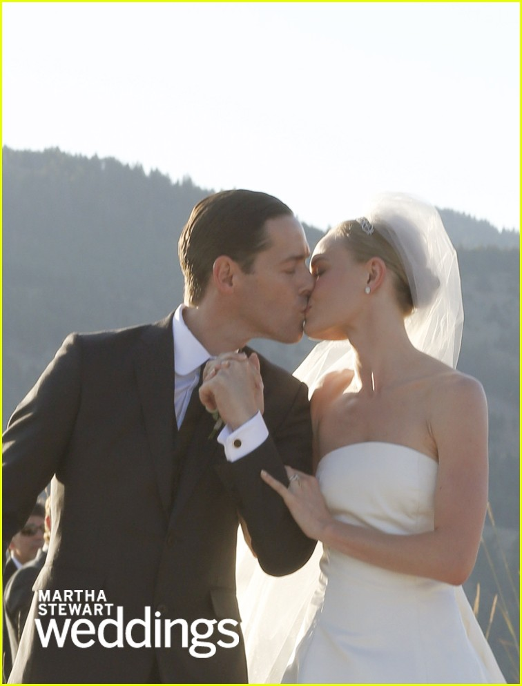 kate bosworth wedding photos with michael polish 01