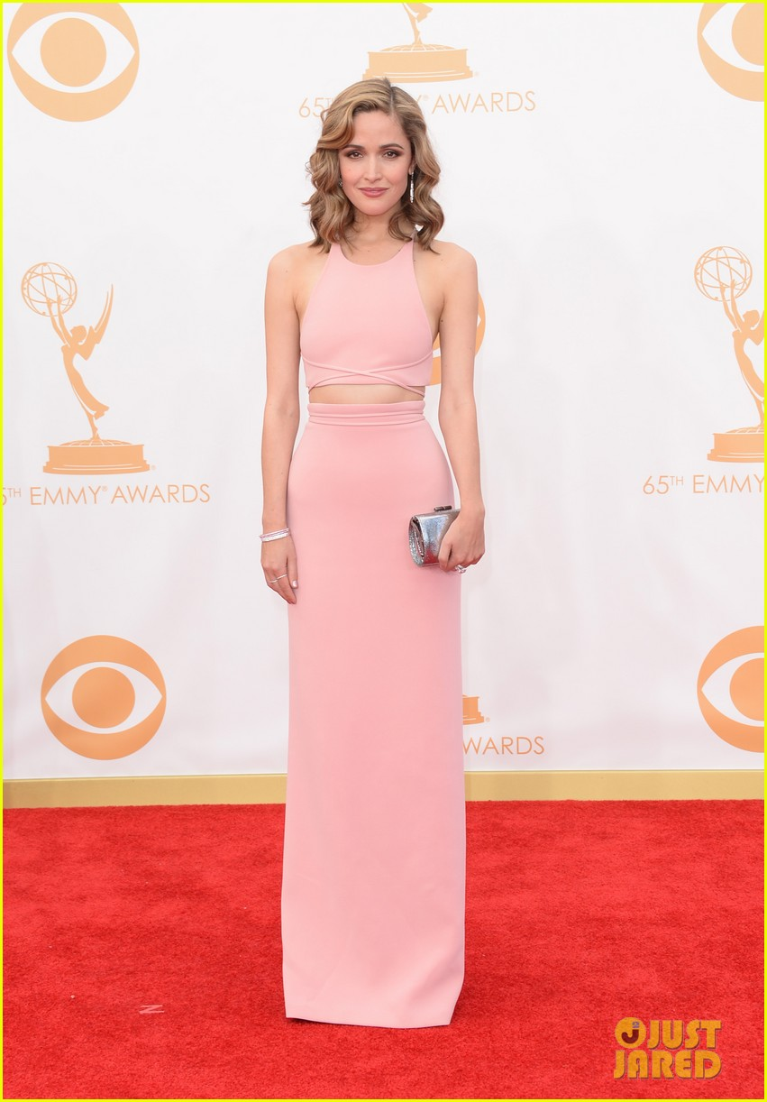 rose byrne bobby cannavale emmys red carpet 062958283