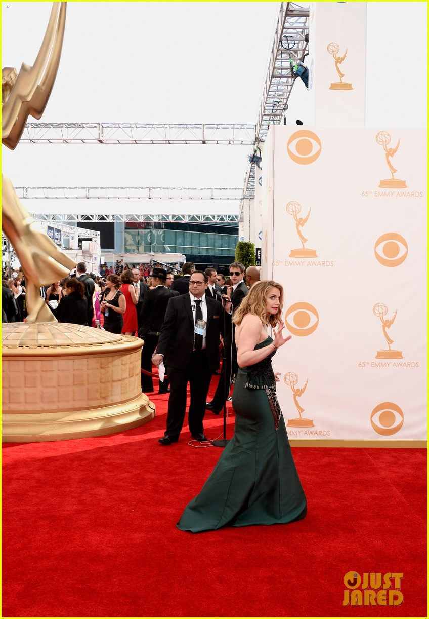 veep anna chlumsky emmys 2013 red carpet 082957983