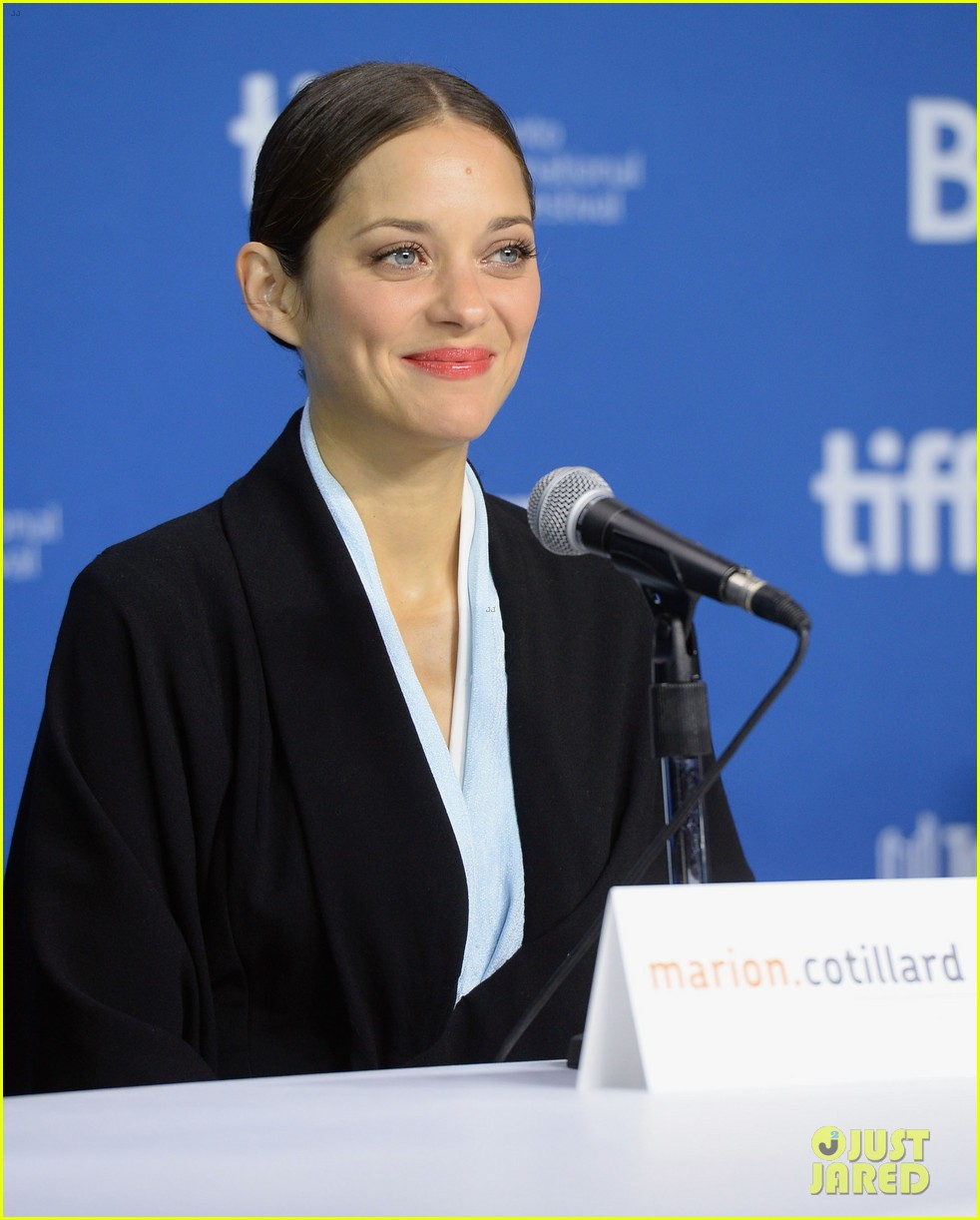 marion cotillard blood ties tiff press conference 20