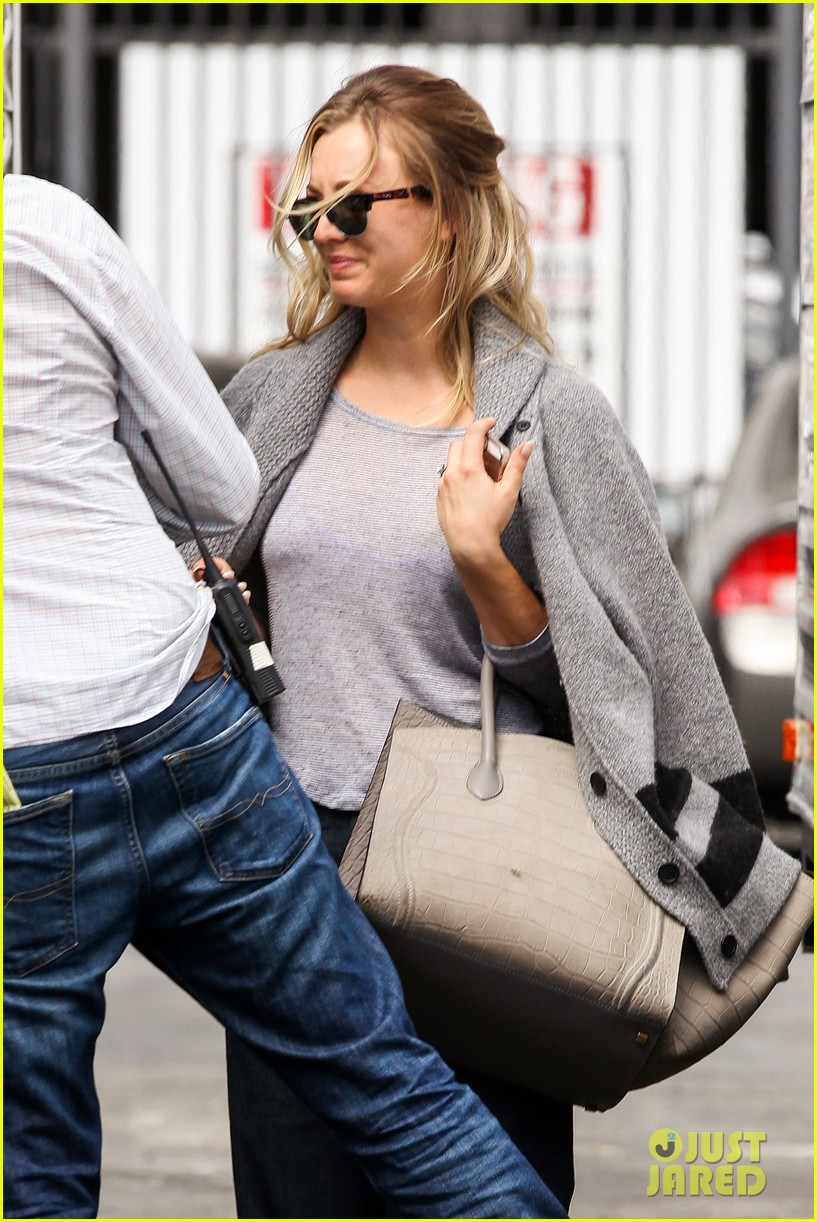 kaley cuoco sparks ryan sweeting engagement rumors with huge ring 02