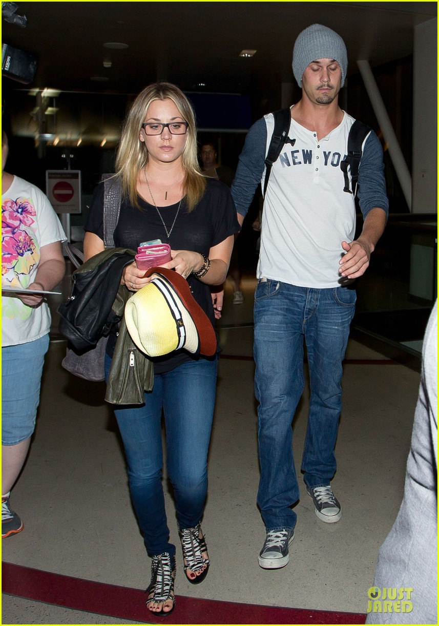 kaley cuoco ryan sweeting depart lax airport together 01