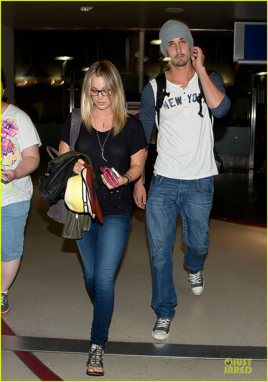 kaley cuoco ryan sweeting depart lax airport together 03