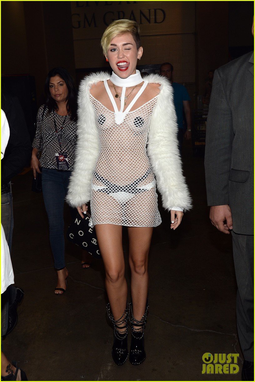 miley cyrus nipple pasties sheer outfit at iheartradio 032957163