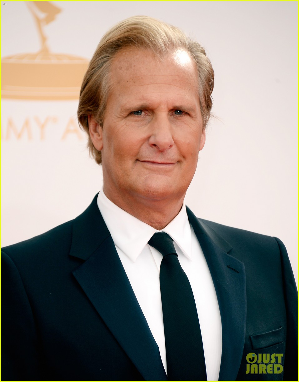 jeff daniels wins first major award at emmys 2013 112958391