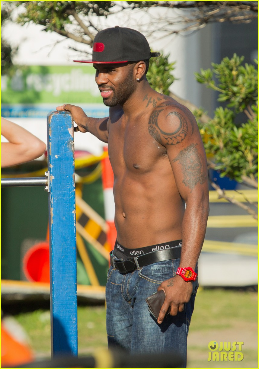 jason derulo shirtless workout in australia 072963158