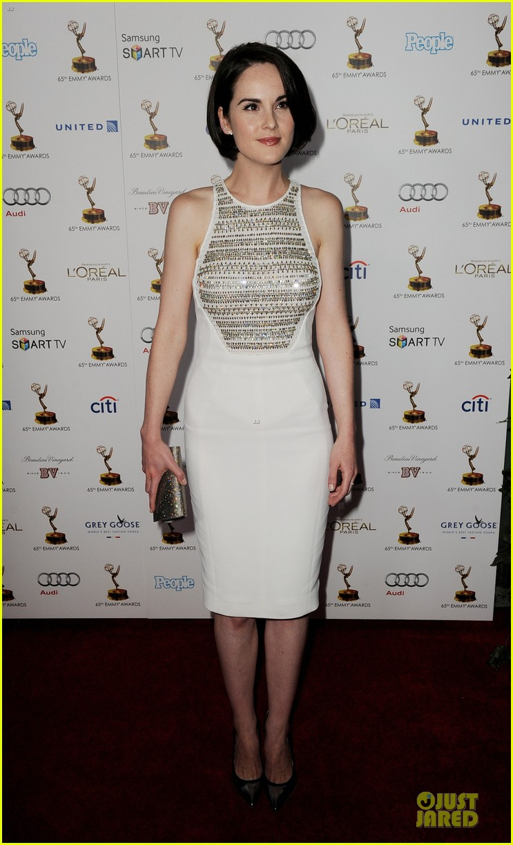 michelle dockery connie britton emmys nominee reception 01