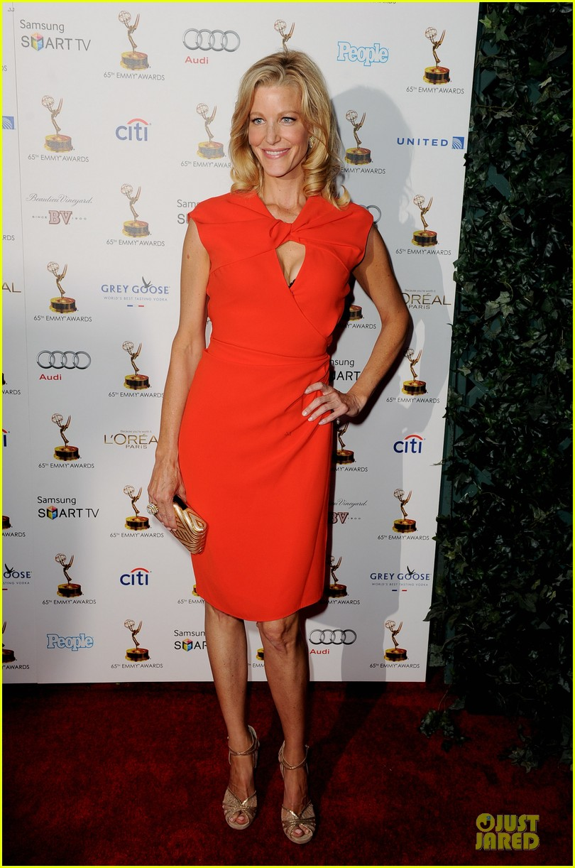michelle dockery connie britton emmys nominee reception 11