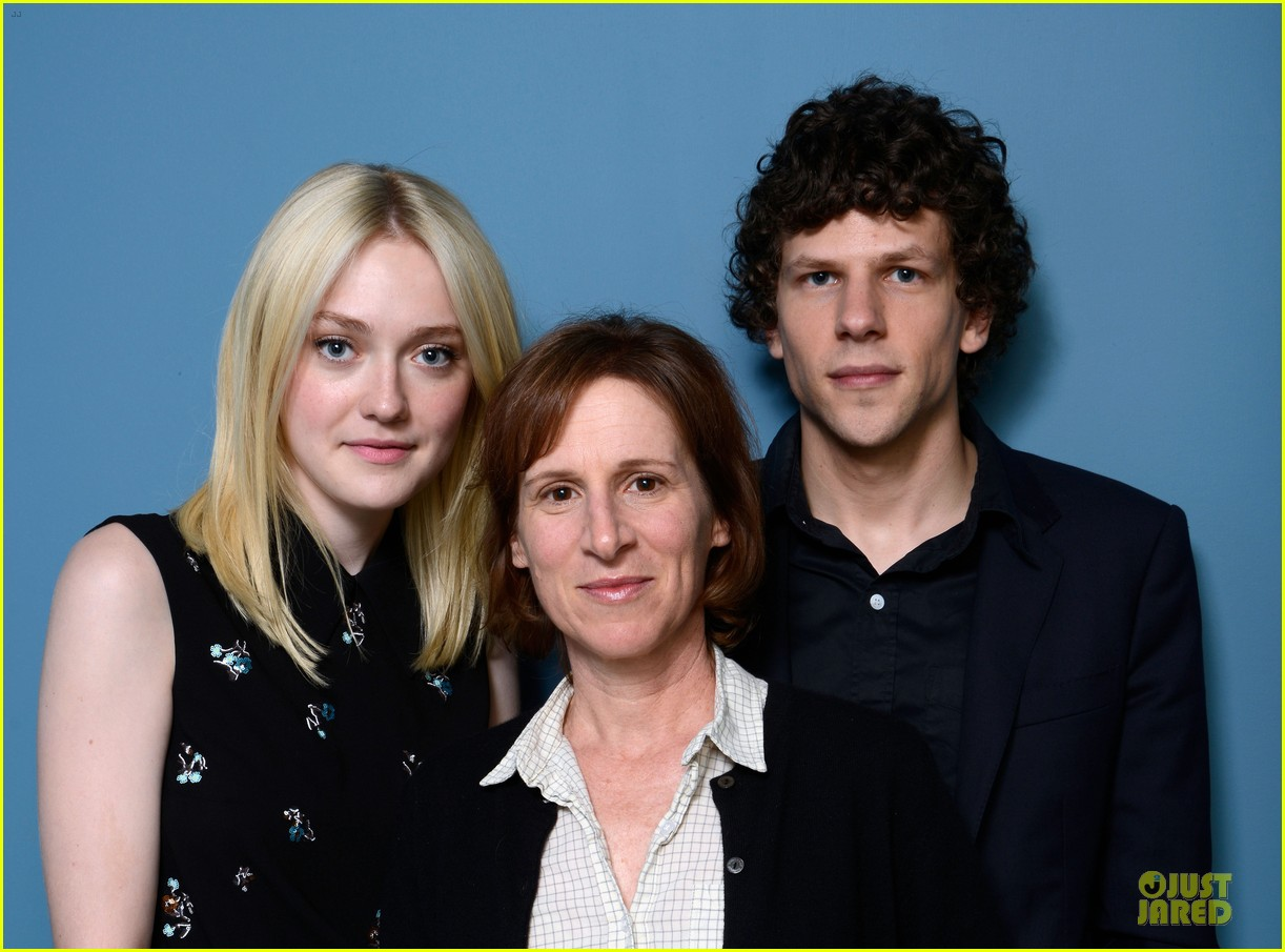 dakota fanning jesse eisenberg night moves tiff portraits 11
