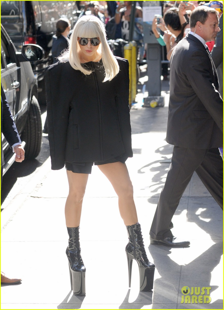 lady gaga serena williams exit good morning america studio 12