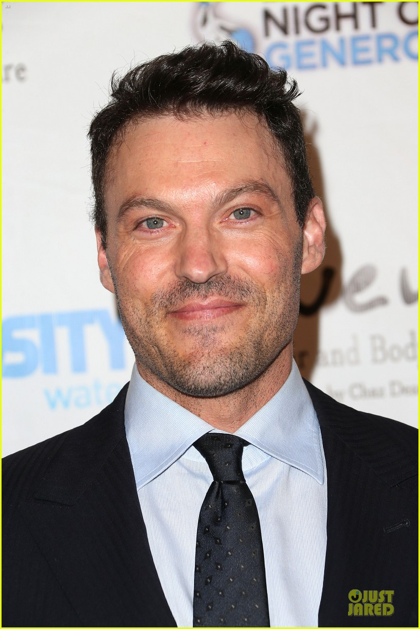 brian austin green megan fox doing great during pregnancy 062946004