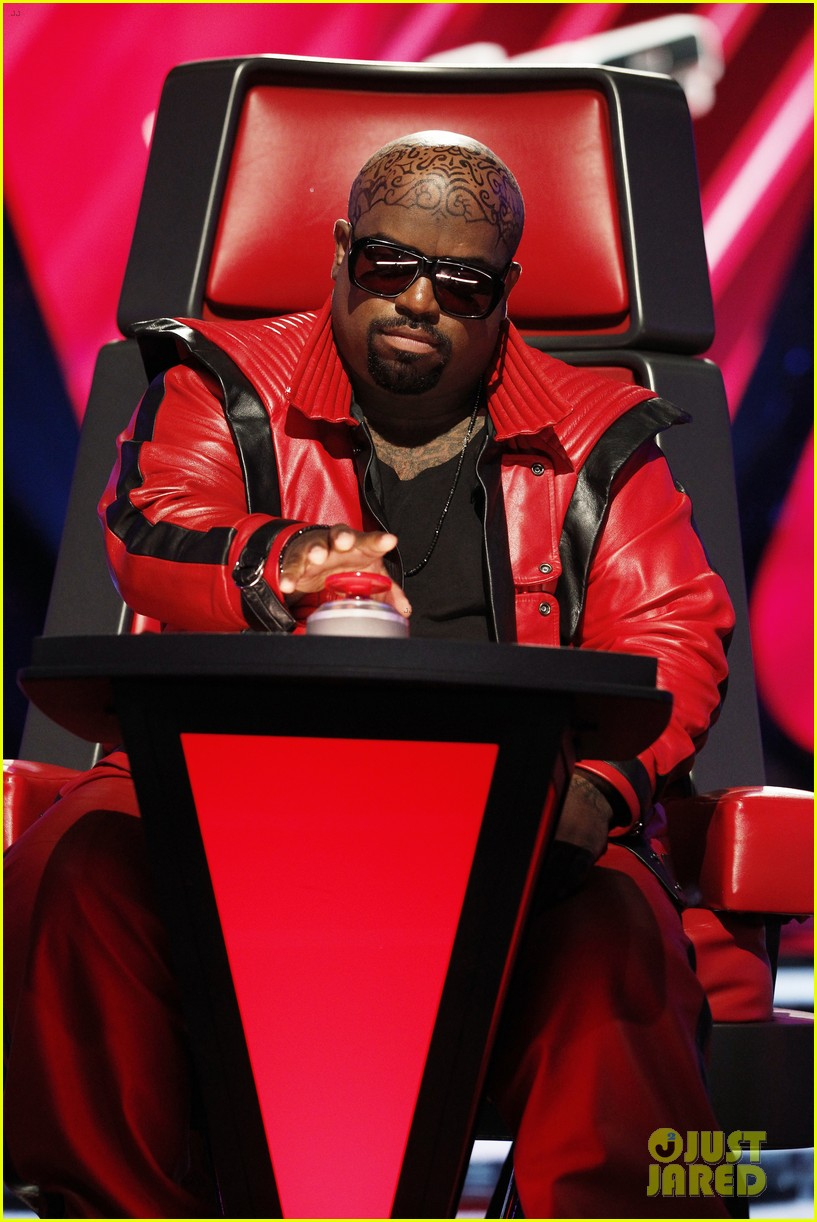 cee lo green head tattoo on the voice see the ink 01