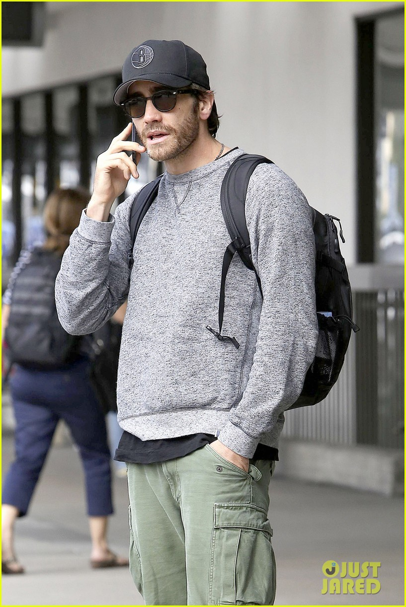 jake gyllenhaal james franco land in los angeles after tiff 12