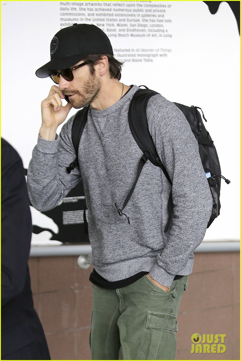 jake gyllenhaal james franco land in los angeles after tiff 242948349