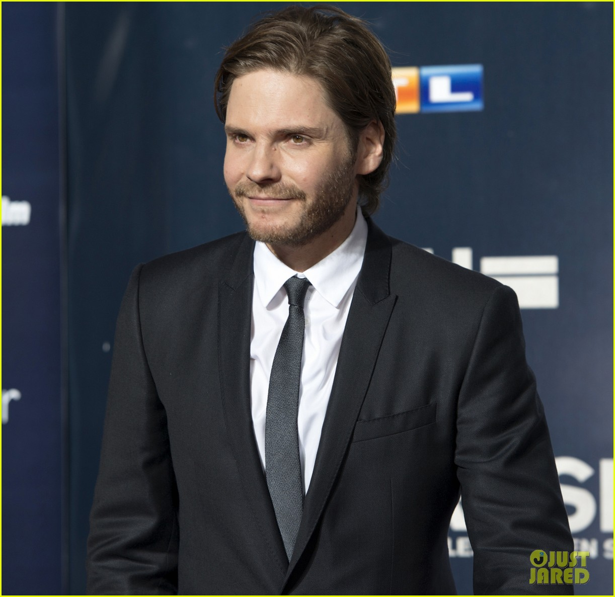 chris hemsworth daniel bruhl rush germany premiere 062962270