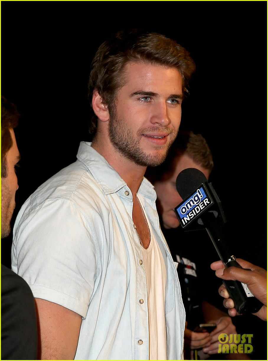 liam hemsworth attends mayweather vs alvarez fight 042952660
