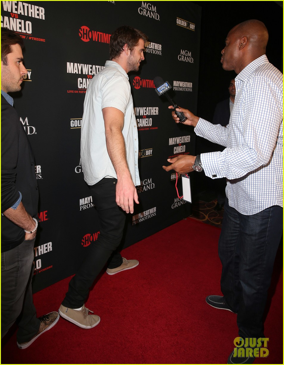 liam hemsworth attends mayweather vs alvarez fight 052952661