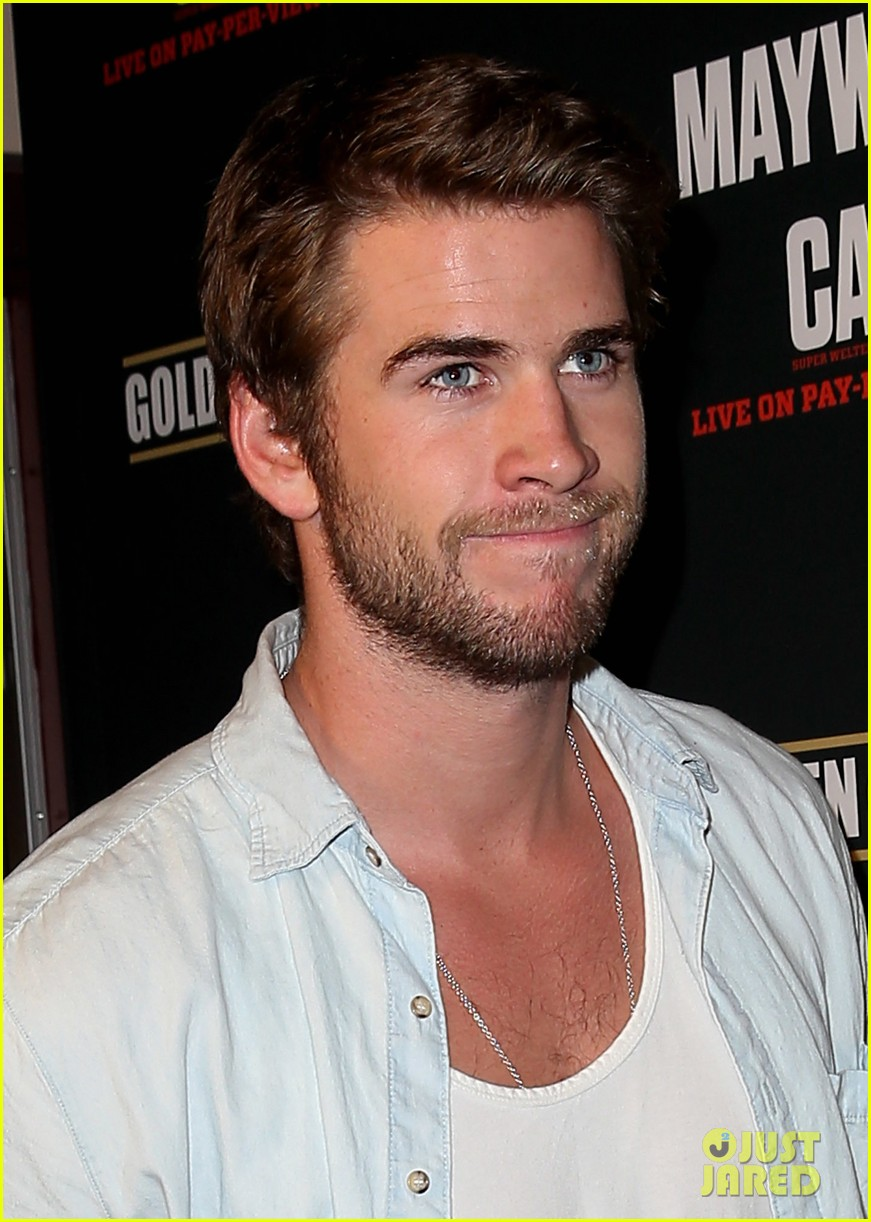 liam hemsworth attends mayweather vs alvarez fight 062952662