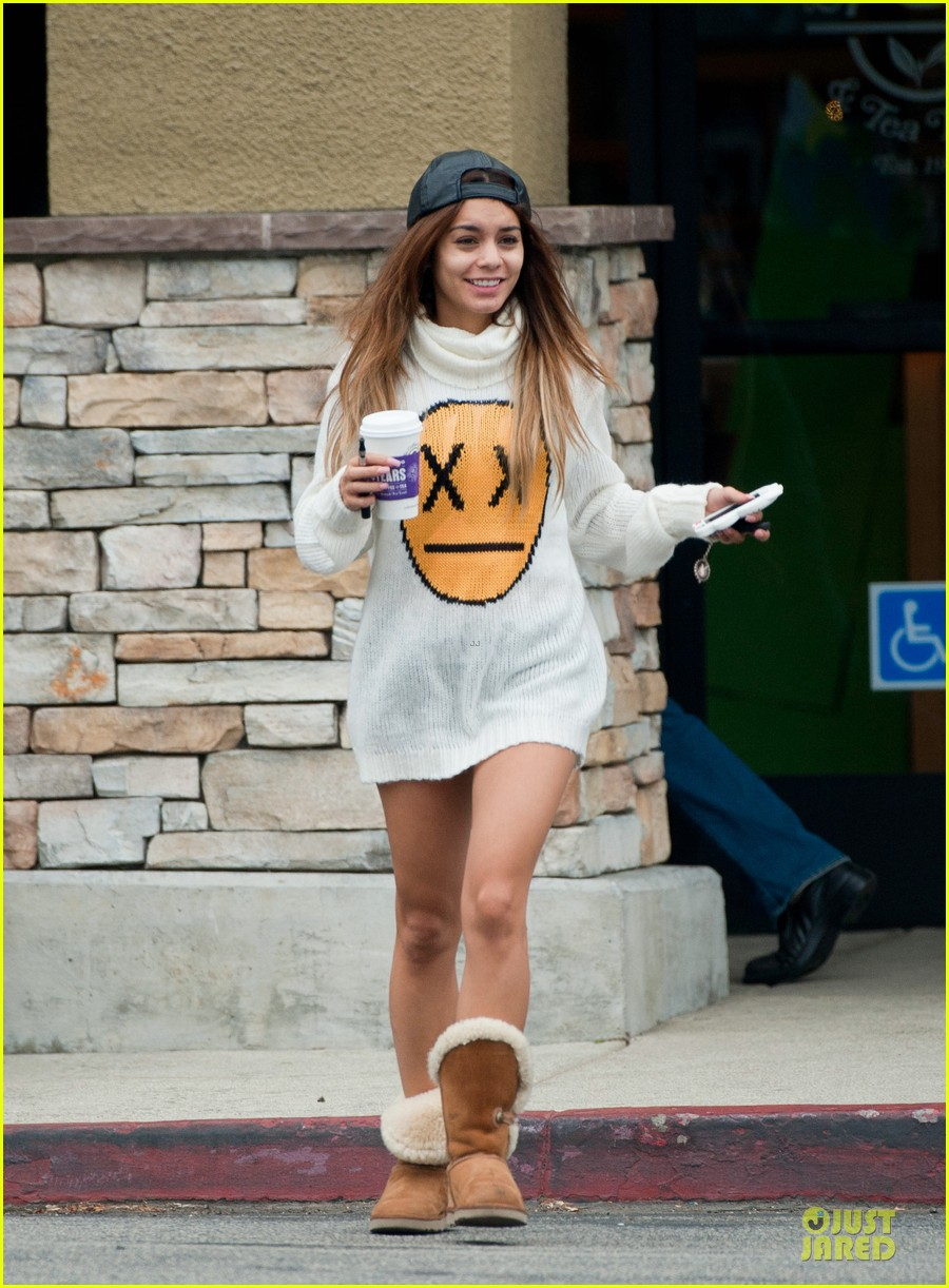 vanessa hudgens pantless for coffee beach stop 02
