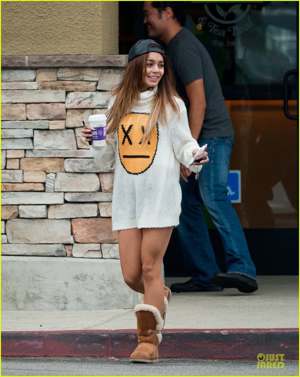 vanessa hudgens pantless for coffee beach stop 05