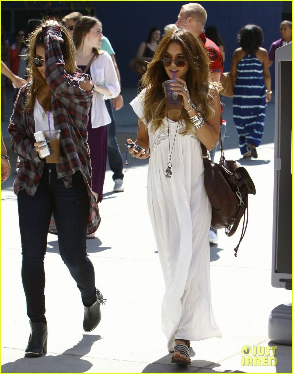 vanessa hudgens spends sunday with stella 132953180
