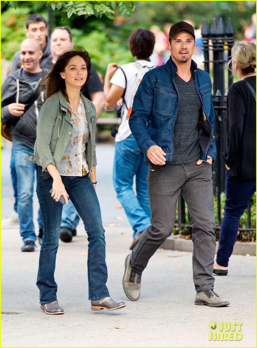 jay ryan kristin kreuk film beauty and the beast in nyc 01