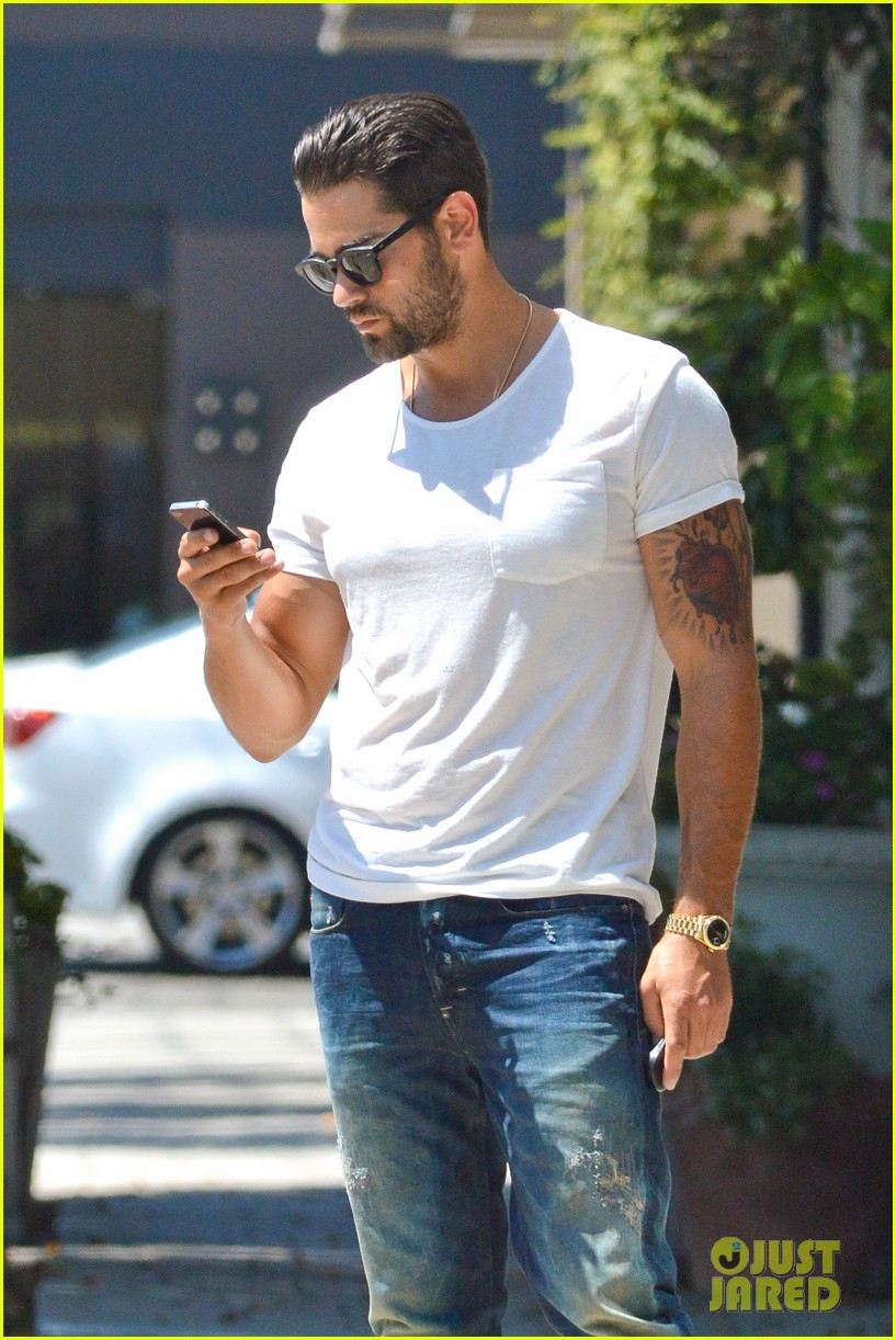 jesse metcalfe motors on labor day after house party 04