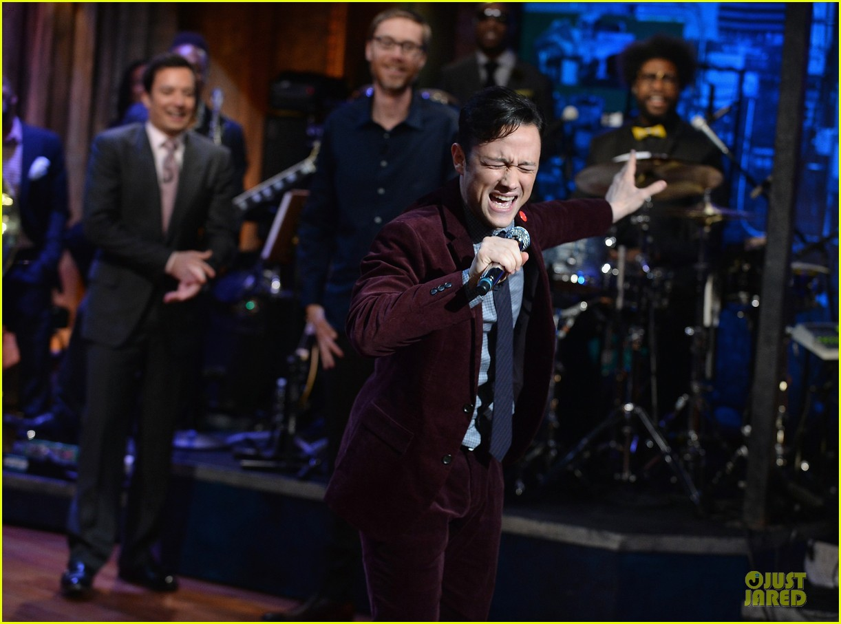 joseph gordon levitt lip synching contest on fallon 042959447
