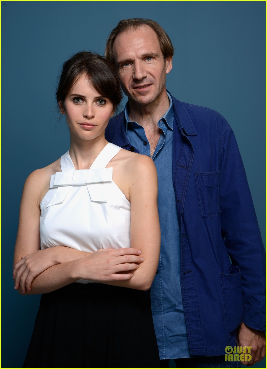 felicity jones ralph fiennes the invisible woman portraits 032945948