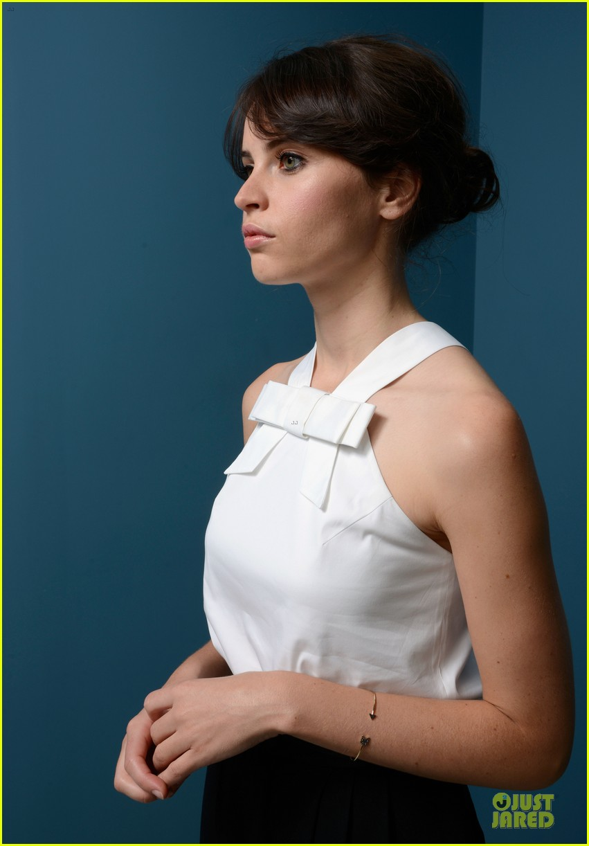 felicity jones ralph fiennes the invisible woman portraits 102945955