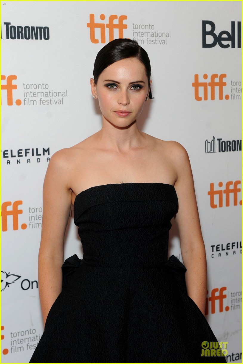 felicity jones ralph fiennes invisible woman tiff premiere 17