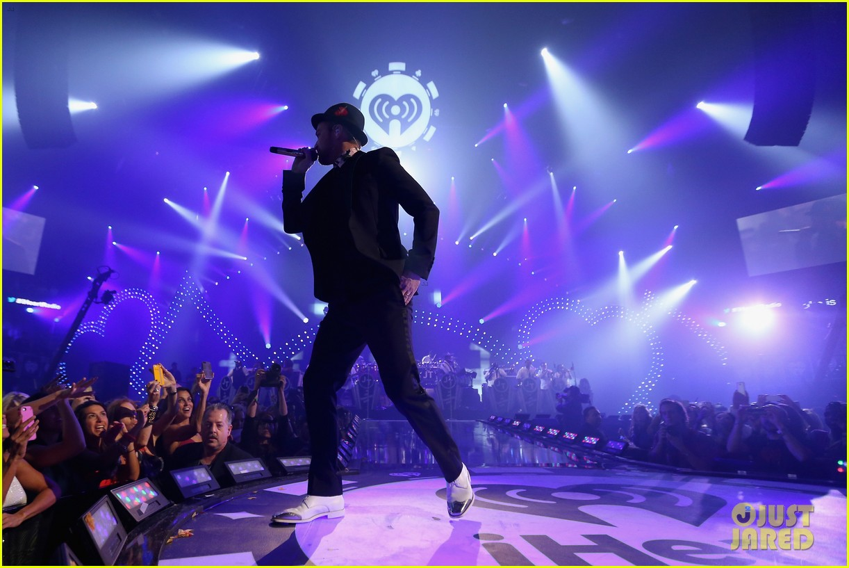 justin timberlake debuts two new songs iheartradio watch 12