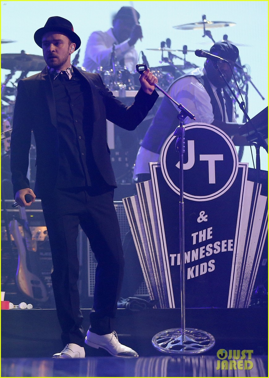 justin timberlake debuts two new songs iheartradio watch 152957353