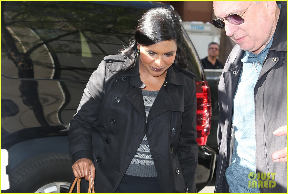 mindy kaling promotes mindy project premiere on today 02