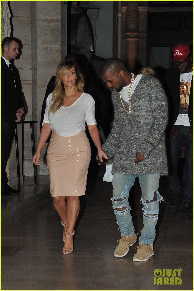 kim kardashian kanye west parisian dinner date 06
